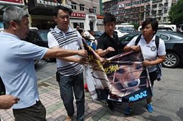 2 . Tayvan ülke genelinde kedi ve köpeklerin yenmesini yasakladı.