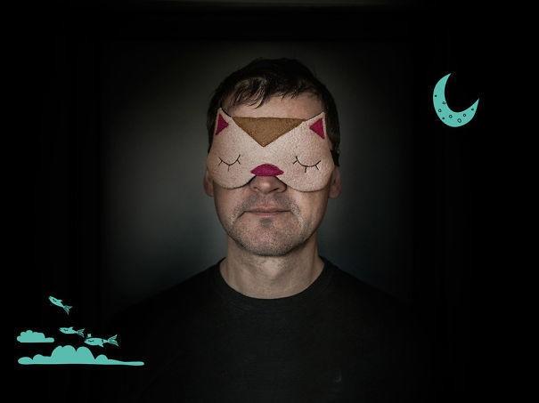 2 . Kedili uyku maskesi