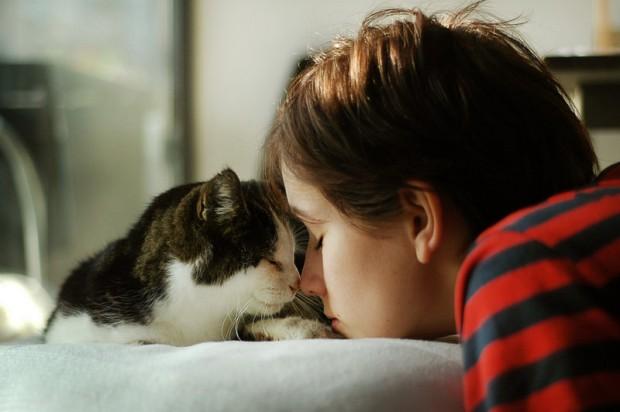 Empati yapmaya başlar, sabrını kontrol edersin, çünkü seversin